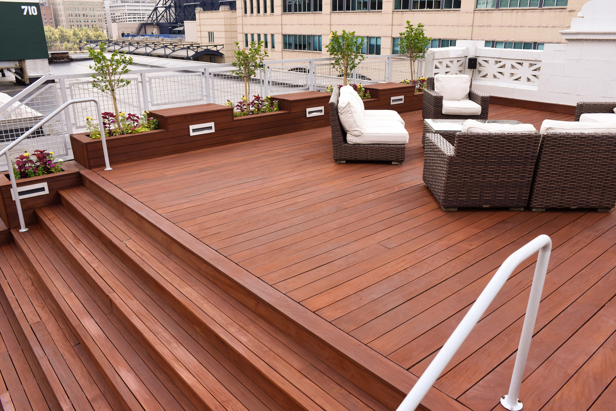 5 Easy Steps to Staining Your Deck Like a Pro