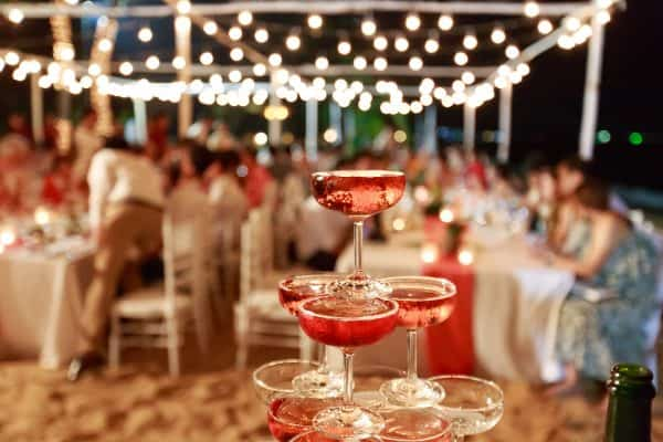 How To Plan And Celebrate An Amazing Anniversary Party